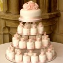 130x130_sq_1367018730593-wedding-cupcakes-57