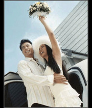 220x220 1368641829730 weddingad2