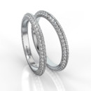 Knife Edge Band Single color knife-edge band with white pave diamonds.