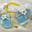 www.warmimpressions.com Flip-Flop Luggage Tag in Beach-Themed Gift Box