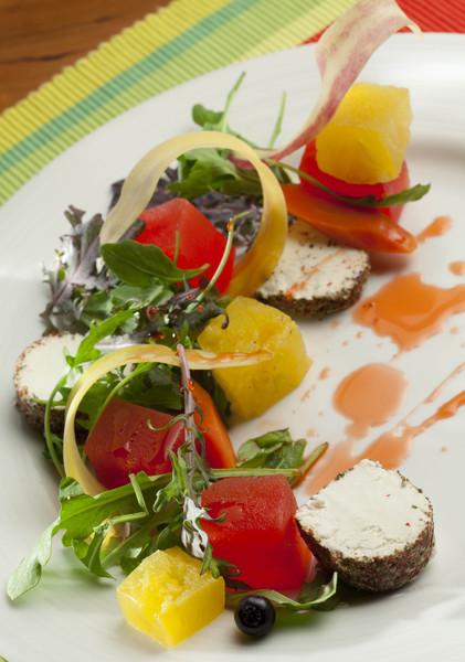600x600 1425402697623 summer salad0109