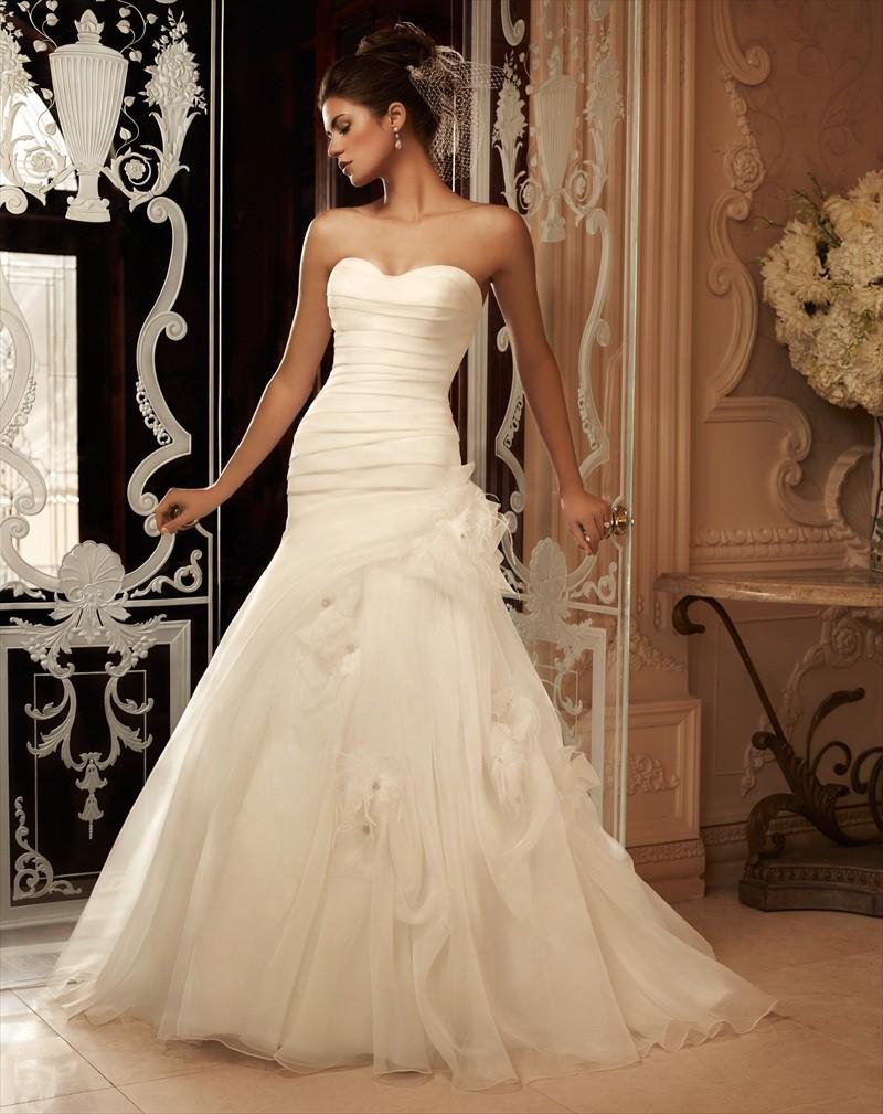 Asymmetrical Feather Skirt Wedding Dress – fashion dresses