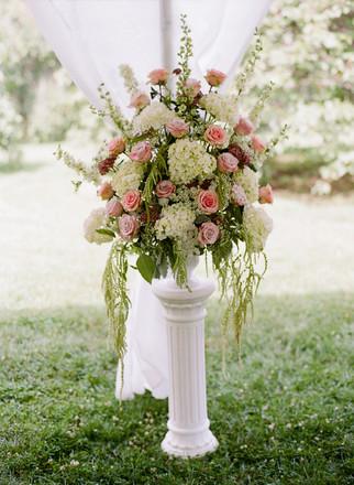 long island wedding florists reviews for 94 florists. Black Bedroom Furniture Sets. Home Design Ideas