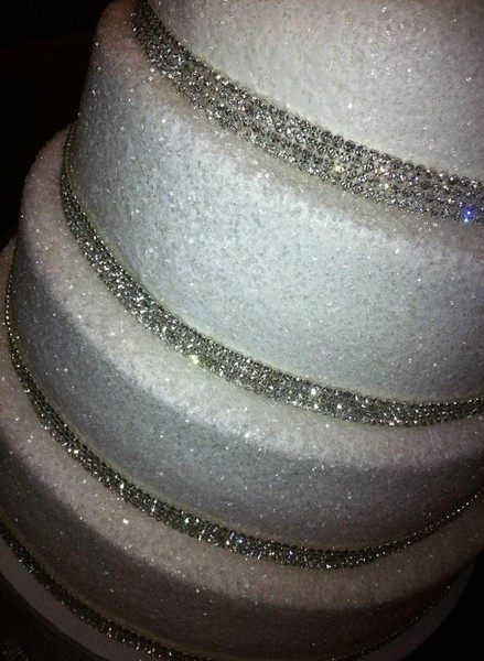 silver glitter wedding cake stand cupcake amp cake addicts anchorage ak wedding cake 19862