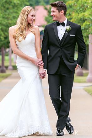 Des moines wedding dresses 31 des moines bridal shop reviews for Wedding dresses iowa city