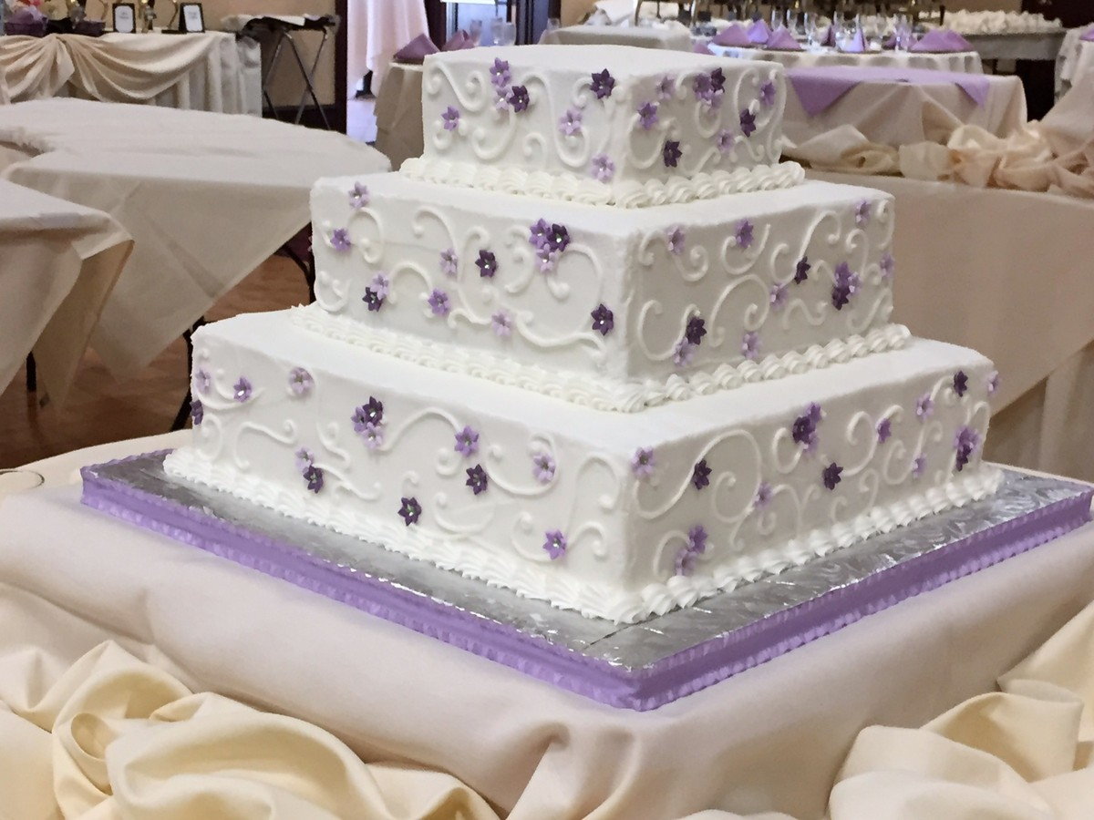 Sensational Cakes... And More! - Wedding Cake - Solon, OH - WeddingWire