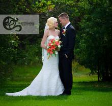 220x220 1382488962349 wedding wire main