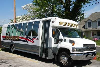 600x600 1392149148870 bus short 400p