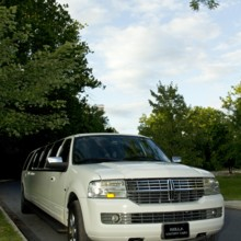 Bella Luxury Limousine