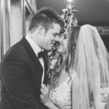 220x220 sq 1491151215 3cb344551b9ee409 1476064388633 watkins wedding wedding day highlights 0115