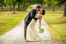 220x220 1501085146 e4e217bec481906f 1474599183893 grunde wedding 368