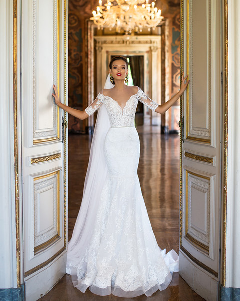 Coral Wedding Gowns: Coral Gables, FL Wedding Dress