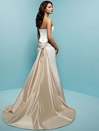 1383080253645 Alfredangelostyle1144detachabl 1 Bac Parkville wedding dress