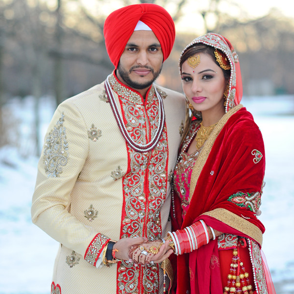 Sikh Wedding: Snowy New York Sikh Wedding , Wedding Real Weddings Photos