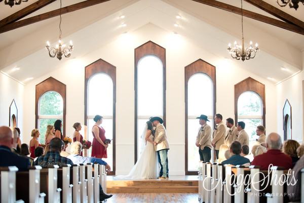 1484871371184 Lynziegaryweddingatrusticgraceestatetexasmaggshots  wedding venue