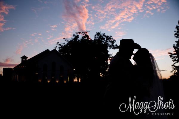 1484871391989 Lynziegaryweddingatrusticgraceestatetexasmaggshots  wedding venue