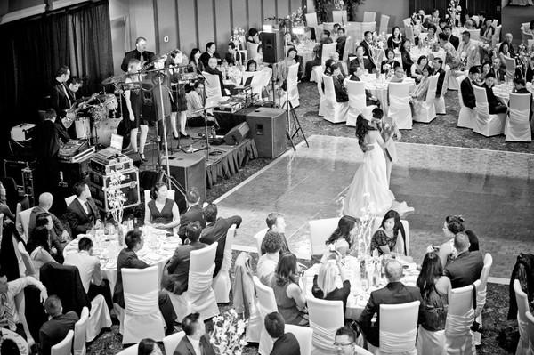 1384581723199 297166151732738256354970952163 Vaughan wedding band