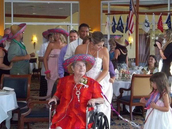 1529083061 21befc9aecfc7293 1529083058 95284e1760f6ecd4 1529093829354 4 100 0323 Cape Coral wedding dj
