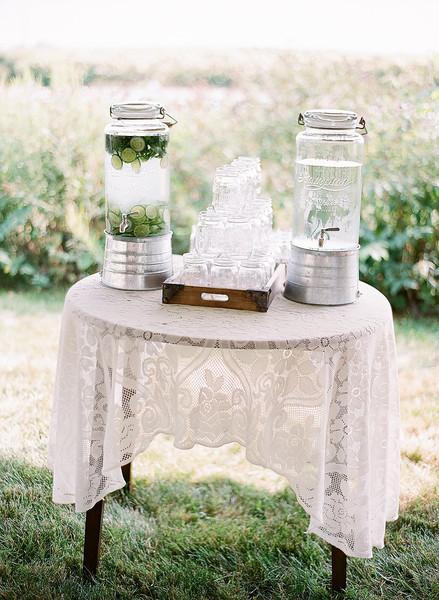 1443633972560 Fieldtovasedinnerkristenlynnephotography 27 Bluemont wedding catering