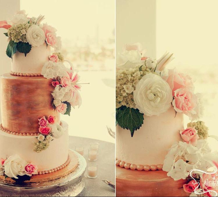 The Cake Hag - Wedding Cake - Atlanta, GA - WeddingWire