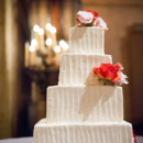 <p> Cake: Patisserie Angelica<br /> Venue: Jacuzzi Family Vineyards<br /> <br />  </p>