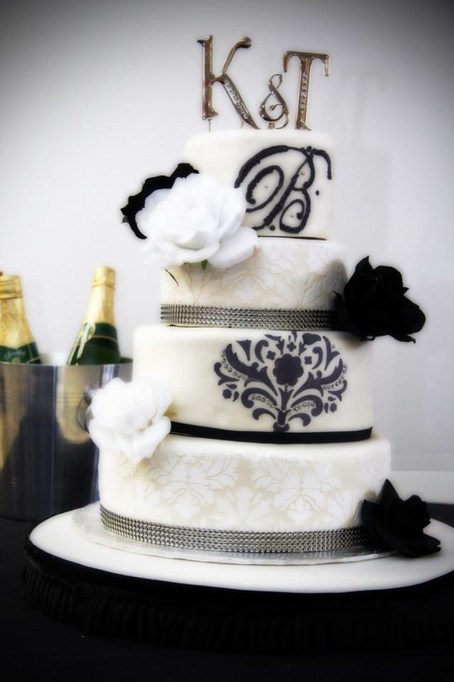 adonai desserts atlanta wedding cake fairburn ga weddingwire. Black Bedroom Furniture Sets. Home Design Ideas