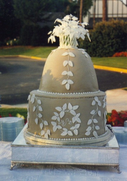 Wedding Cakes By Betty