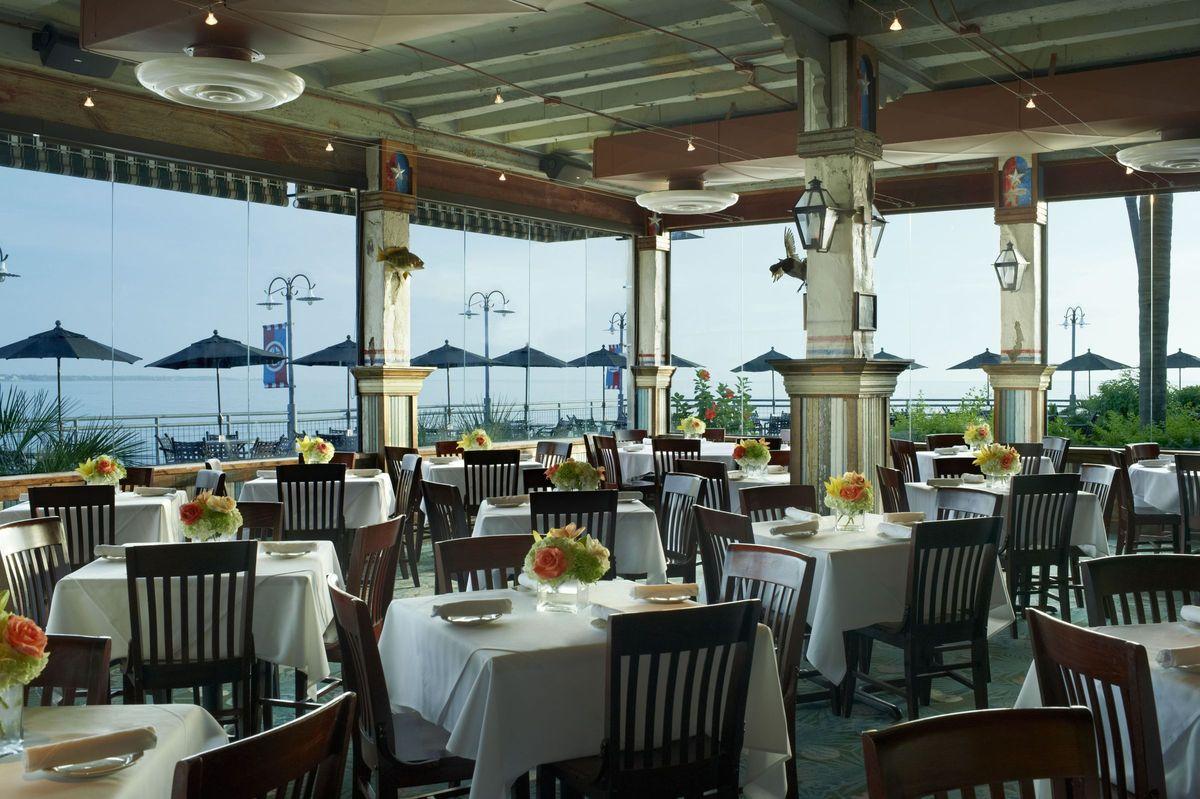 Landry\'s Seafood House - Kemah - Venue - Kemah, TX - WeddingWire
