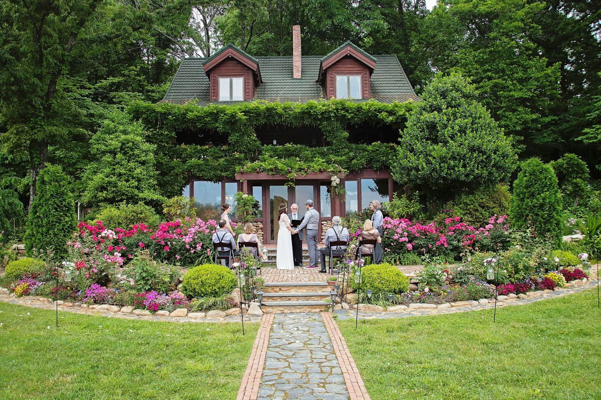 Storybrook Farm Venue Jonesborough Tn Weddingwire