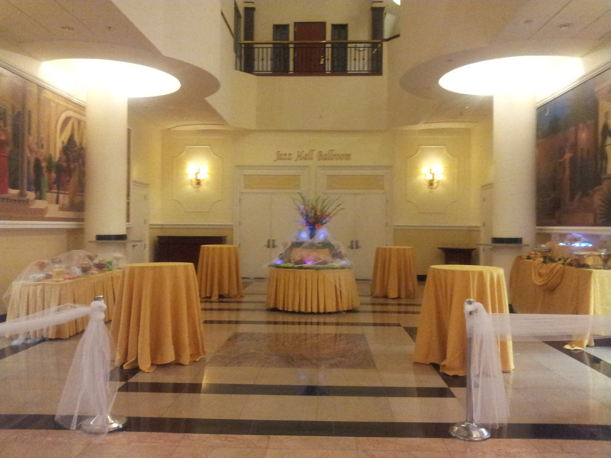 Wyndham Garden Baronne Plaza Venue New Orleans La Weddingwire