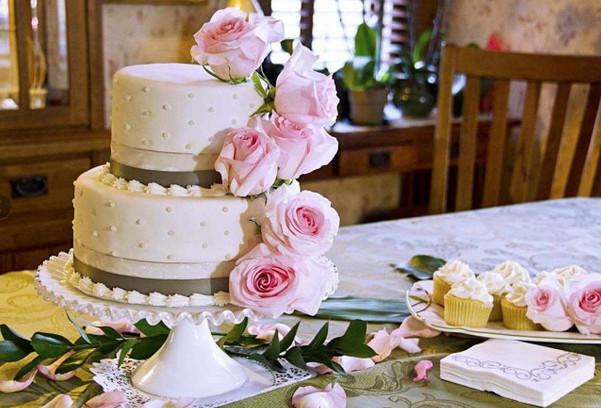 Wedding Cakes Manhattan Ks
