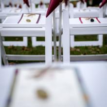 "<strong class='info-row'>Andrew Morrell Photography</strong> <div class='info-row description'><html>  <head></head>  <body>    Invitations:   <a href=""http://www.weddingwire.com/biz/wedding-paper-divas/e37a032e5dd0da53.html?utm_source=ww&utm_medium=photo-gallery&utm_campaign=real-weddings"" target=""_blank"">Wedding Paper Divas</a>  Calligraphy:   <a href=""http://www.weddingwire.com/biz/little-flower-calligraphy-dayton/07d467f588ebbd23.html?utm_source=ww&utm_medium=photo-gallery&utm_campaign=real-weddings"" target=""_blank"">Little Flower</a>      <div>        </div>   </body> </html></div>"