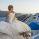 The beauty of bride and picturesque Oia, Santorini