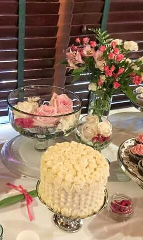 cupcakes by kasthuri salt lake city ut wedding cake. Black Bedroom Furniture Sets. Home Design Ideas