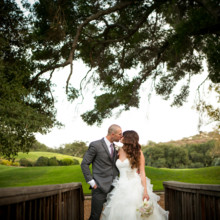 "<strong class='info-row'>Boone & Stacie Weddings</strong> <div class='info-row description'><html>  <head></head>  <body>    Venue:    <a href=""http://www.weddingwire.com/biz/temecula-creek-inn-temecula/be984ba804259531.html?utm_source=ww&utm_medium=photo-gallery&utm_campaign=real-weddings"" target=""_blank"">Temecula Creek Inn</a>  Dress Designer:    <a href=""http://www.weddingwire.com/wedding-photos/dresses/allure-bridals?utm_source=ww&utm_medium=photo-gallery&utm_campaign=real-weddings"" target=""_blank"">Allure Bridals</a> from    <a href=""http://www.weddingwire.com/reviews/mary-me-bridal-orange/2f9c7fd718393ffe.html?utm_source=ww&utm_medium=photo-gallery&utm_campaign=real-weddings"" target=""_blank"">Mary Me Bridal</a>  Groom and Groomsmen Attire:    <a href=""http://www.menswearhouse.com/"" target=""_blank"">Men's Wearhouse</a>       <div>         </div>   </body> </html></div>"