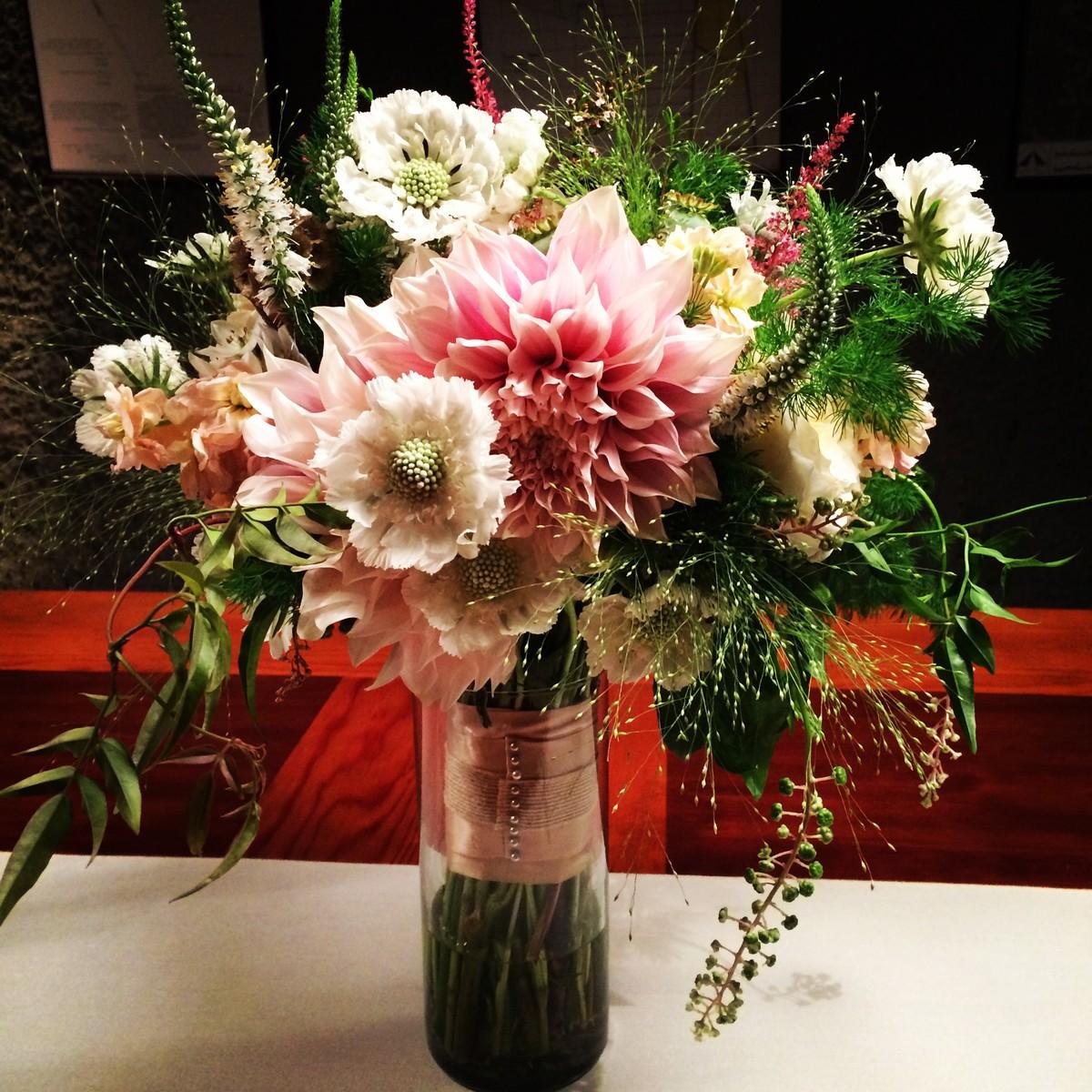melody raye flowers flowers napa ca weddingwire. Black Bedroom Furniture Sets. Home Design Ideas