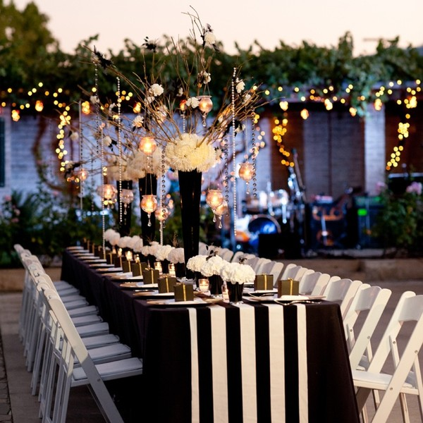 600x600 1487011123538 black and white wedding reception ideas 1 123013