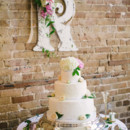 Cake:Simply the Best Cakes  Floral Designer:Bella Florals by Theresa