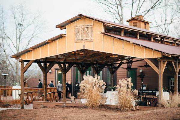 White Oaks Barn - Dahlonega GA Wedding Venue