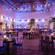 220x220 sq 1528903130 063417b32392a715 545 stephanierb wedding