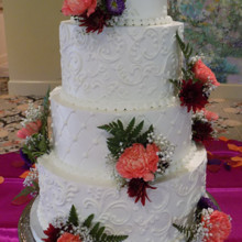 220x220 sq 1473117564541 weddingcakes29