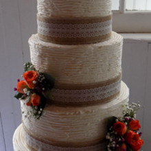 220x220 sq 1475805450558 weddingcakes36