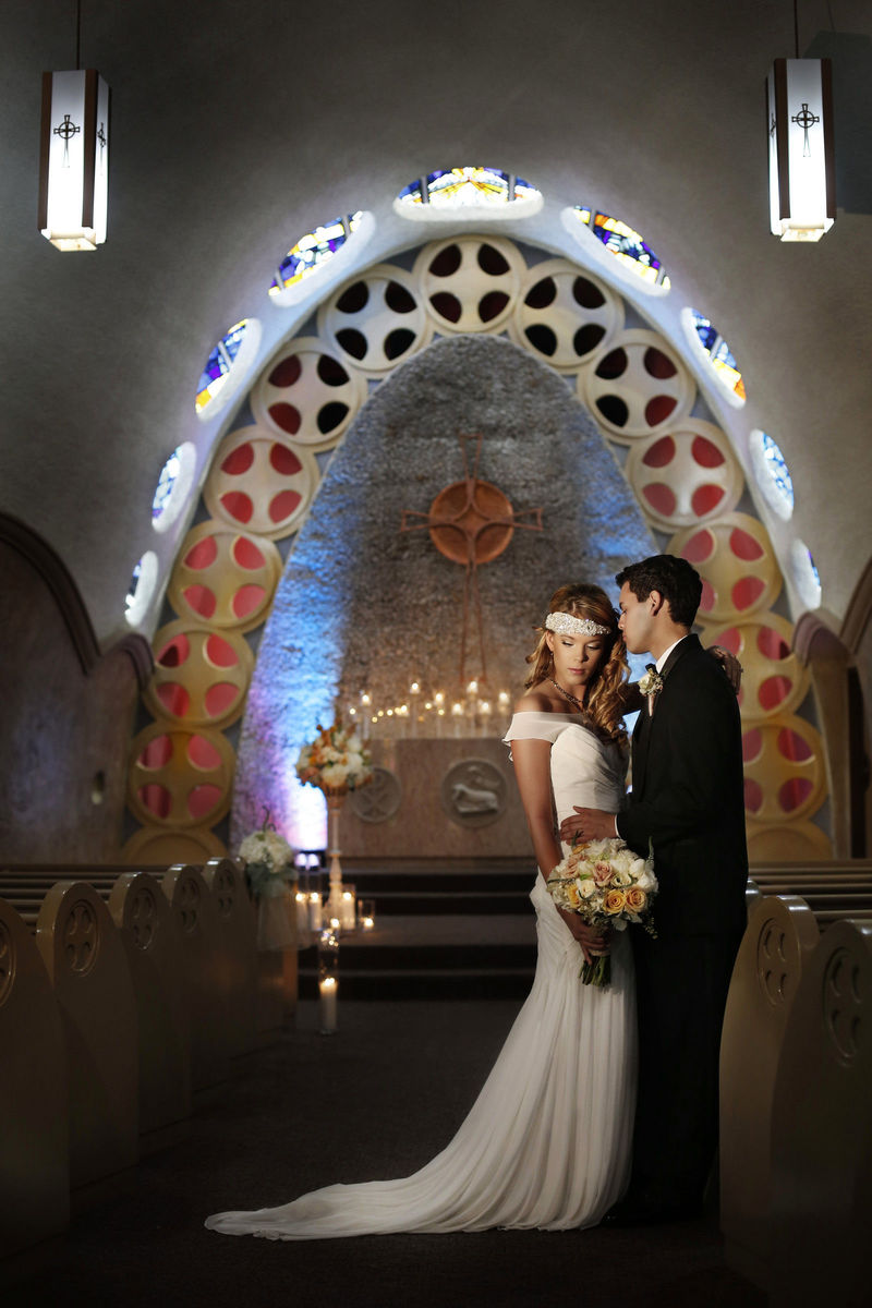 Tulsa wedding venues reviews for 103 venues chapel on the hill junglespirit Choice Image