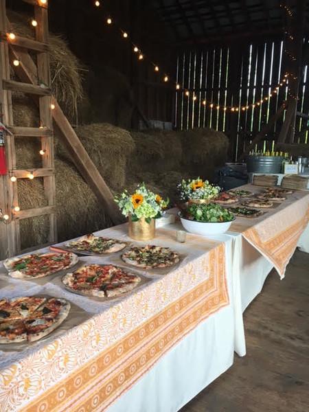 600x600 1499275512539 farm wedding 1