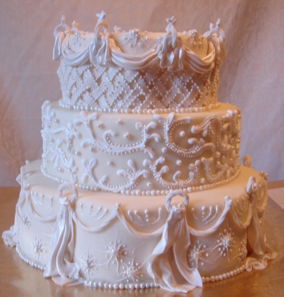 1217760515833 Starburstandpearl3tierweddingcake004 Greenville wedding cake