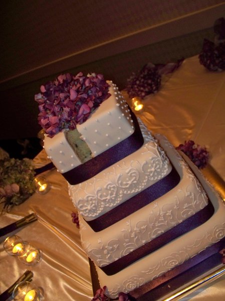 1229052751299 Purpleweddingcake Greenville wedding cake