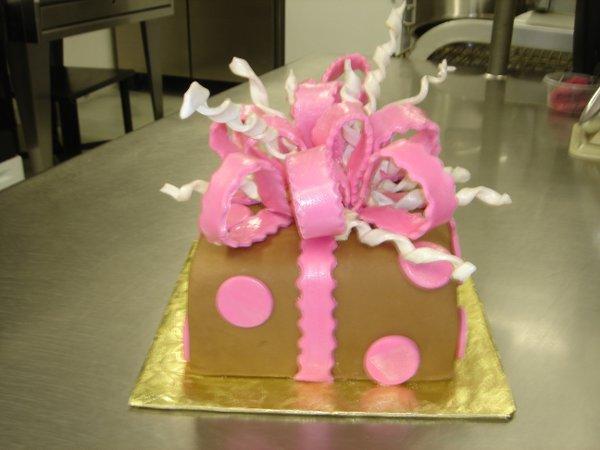 1229378792259 DSC04422 Greenville wedding cake