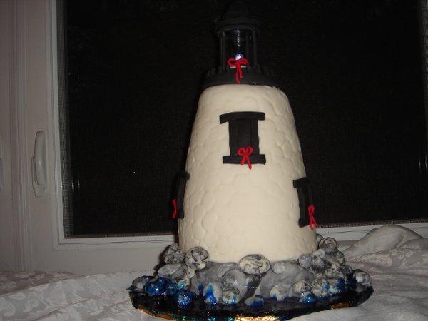 1229378885759 DSC04521 Greenville wedding cake