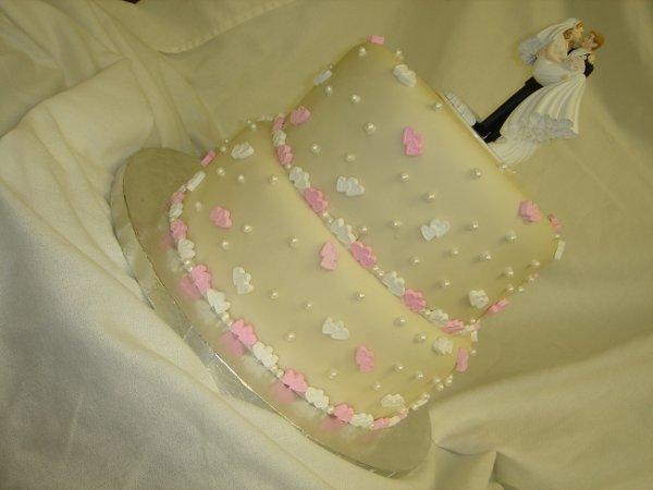 1229379058791 DSC04504 Greenville wedding cake
