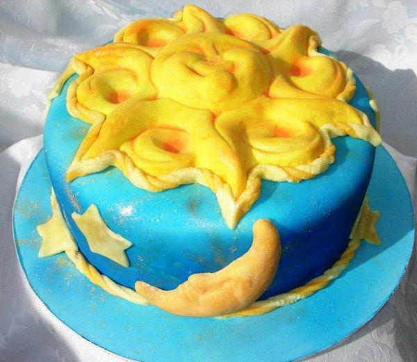 1231114384328 Birthdaycakewithsugarsculpturesun,moonandstars Greenville wedding cake